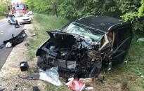 Brutális baleset Nagyvenyimnél - extra képtár - fotó: