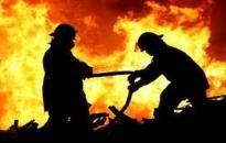 Gázpalackok robbantak fel a tűzben