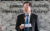 Két kis beteg gyógyulását támogatta a Hankook