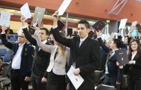 128 friss diplomás ünnepe az egyetemen