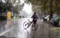 Borús, szeles, esős idővel búcsúzik a tél