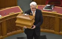 Államfőt választ az Országgyűlés - Percről percre