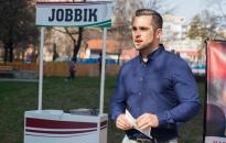 Aláírásokat gyűjt a Jobbik