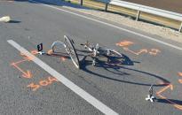 Kamion sodort el egy biciklist