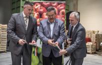 Átadták az 1,6 milliárd forintból épült hűtőházat Iváncsán