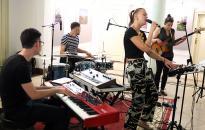 A színház aulájában bizonyított a fiatal jazz formáció - DO videó