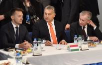 Orbán: 2010 óta több mint háromezer milliárd maradt a családoknál