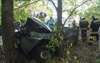 A sérültek beszorultak a kocsiba
