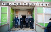 Még az idén átadhatják a teljesen felújított zöld SZTK épületét