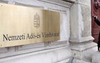 Varga Mihály: papírmentessé kell alakítani a NAV-ot
