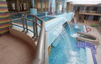 Újra víz csobog a medencékben - Próbaüzem az élményfürdőben