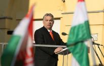 Orbán: aki meg akarja őrizni Magyarországot magyar országnak, mindkét szavazatát adja a Fideszre!