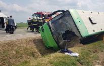 Buszbaleset, huszonöt sérült