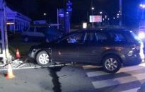 Oszlopnak ütközött egy autó