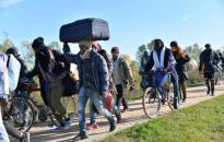 A balkáni útvonalon jelenleg is 70 ezer migráns van