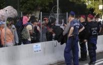 Magyarország nem bevándorláspárti, hanem határvédő Európát akar