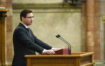 Gulyás: felfüggesztés esetén a Fidesz azonnal elhagyja a Néppártot
