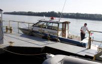 Elsüllyedt egy tolóhajó Százhalombattánál