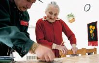 Húsvéti támogatás a városi nyugdíjasoknak