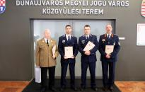 Átadták a Dunaújváros Közbiztonságáért díjat