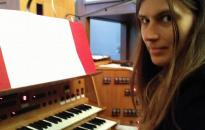 Lénárt Linda orgonakoncertje a főtemplomban
