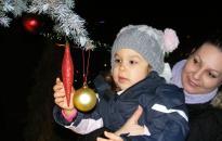 Karácsonyfa tuningparti a Városháza téren: igen, igen, igen!
