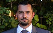 Független jelölt mögé áll be a Fidesz az időközin