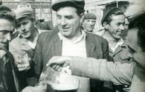 Dunaújváros mesél: Az ember és a gyár