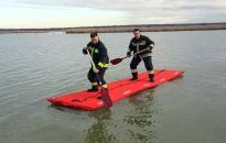 Vízből mentési gyakorlaton a tűzoltók