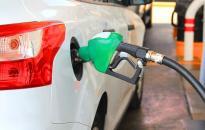 A benzinár péntektől tovább zuhan