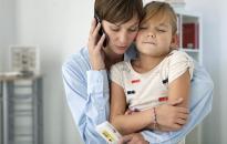 Hogyan és mikor kérhetünk segítséget, ha nem mehetünk orvoshoz, kórházba?