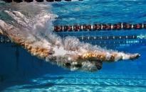 Jövő hétfőn folytatódna az úszók felkészülése