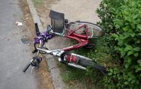 Tolatás közben ütötte el a bringást