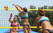 Két forduló után jön a döntő a strandröplabdázóknál