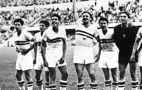 Az Aranycsapat három játékosára és az 1954-es berni vb-döntőre emlékeztek