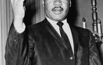 Ötvennégyezer dollárért eladó Rosa Parks levele Martin Luther Kingről
