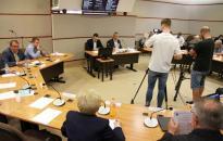 Közgyűlés: összesen 18 napirendi pontról szavaztak