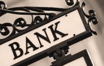 Ingyenes segítségnyújtás banki károsultaknak, eladósodott családoknak