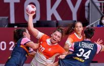 Legyőzte a spanyolokat, még továbbjuthat a női kézilabda-válogatott