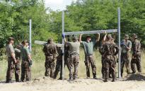 Déli határzár - dunaújvárosi segítség az alapanyagok előkészítésnél