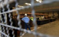 Déli határzár - pálhalmai fogvatartottak készítik a tartóelemeket a Vasműben