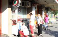 Két embert ütött le - balhé egy Szórád Márton úti trafikban