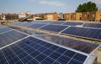 Napelemes rendszer telepítése a Dunaújvárosi Főiskola épületeire