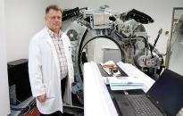 Már szerelik össze az új CT-berendezést a kórházban