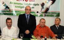 Kispályás foci: értékelt és évet zárt a DLSZ