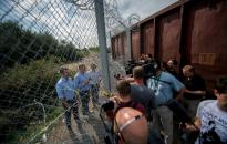 Menekült-kvóta - Gyurcsányék abbahagyták a támogató aláírások gyűjtését