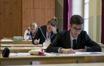 Matek érettségi - Halmazelmélet, trigonometria a feladatok között