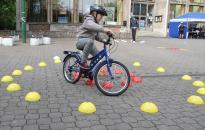 Biztonságos közlekedés - Minél előbb bele kell tanulni