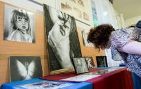 Művészek egy élhetőbb életért - Jótékonysági akció egy családért