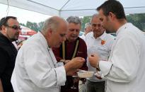 Parázs Varázs - Profi zsűri kóstolja majd az ételeket